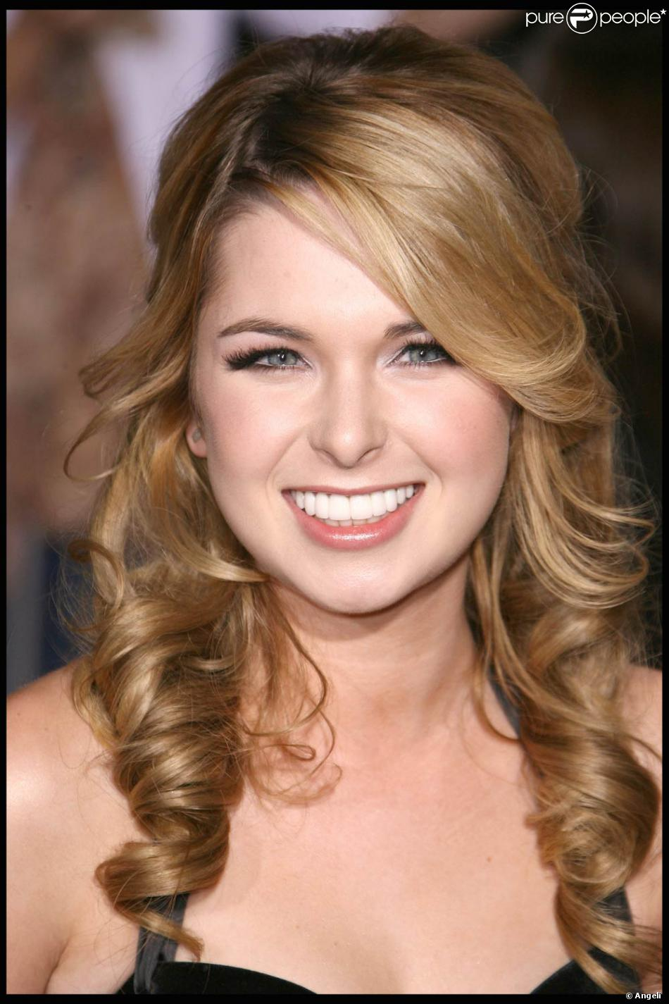 Kirsten Prout Nude Photos 53
