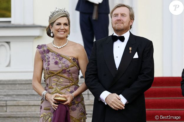 Le roi Willem-Alexander et la reine Maxima des Pays-Bas lors du dîner d'Etat organisé en leur honneur au Château de Bellevue, dans le cadre de leur visite officielle de 3 jours en Allemagne. Berlin, le 5 juillet 2021.