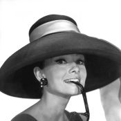 Audrey Hepburn : Sa garde-robe présentée pour une vente d'exception...