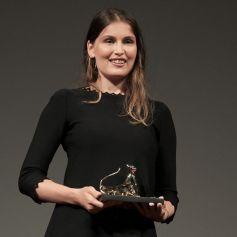 """Laetitia Casta reçoit le prix """"Davide Campari Excellence Award"""" à l'occasion du festival du film de Locarno. Le 5 août 2021"""