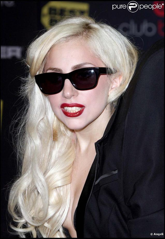 Lady Gag nominée au NRJ Music Awards le 23 janvier 2010.