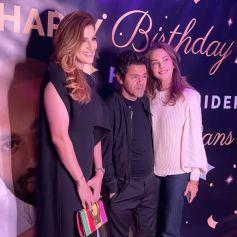Jamel Debbouze et son épouse Mélissa Theuriau, ici photographiés avec Hana Ghezzar Bouakkaz, ont assisté à l'anniversaire de Fouad Ben Kouider, le fiancé de Nawel Debbouze. Paris, le 2 octobre 2021.