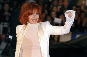 La chronique d'Emma d'Uzzo : Deux grandes chanteuses à voix... Mylène Farmer et Charlotte Gainsbourg sont des squatteuses !