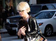 Kelly Osbourne : Mais quelle est cette chose poilue qu'elle tente de cacher ?