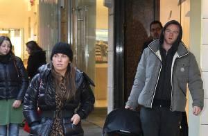 Le footballeur Wayne Rooney, sa femme et leur bébé : un beau trio... mené par madame !