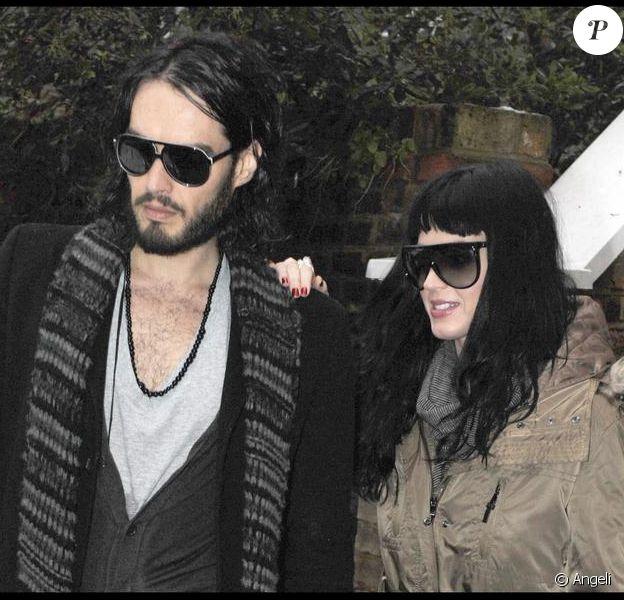 Katy Perry et Russell Brand à Londres, le 21 décembre 2009