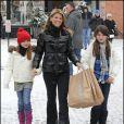 Lori Loughlin et ses filles Isabella et Olivia à Aspen le 23 décembre 2009