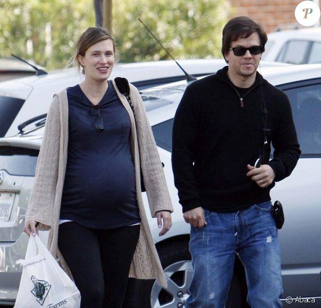 Mark Wahlberg et sa femme Rhea à Beverly Hills, le 24 décembre 2009.