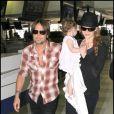 """""""Nicole Kidman, Keith Urban et leur fille Sunday Roseà l'aéroport de Sydney le 5 janvier 2010"""""""