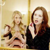 Regardez la ravissante Amanda Seyfried dans le plus simple appareil... séduire Julianne Moore !