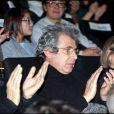 Michel Boujenah, surpris à l'avant-première du film  Une petite zone de turbulence , au cinéma UGC Ciné Cité Bercy, à Paris, le 11 janvier 2010.
