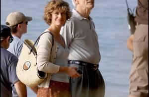 Cécile de France, d'un naturel charmant, bronze à Hawaï... avec le grand Clint Eastwood !