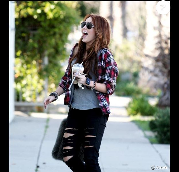 Miley Cyrus à Los Angeles, le 23 janvier 2010