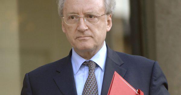 Hubert v drine l 39 ancien ministre des affaires trang res - Cabinet du ministre des affaires etrangeres ...