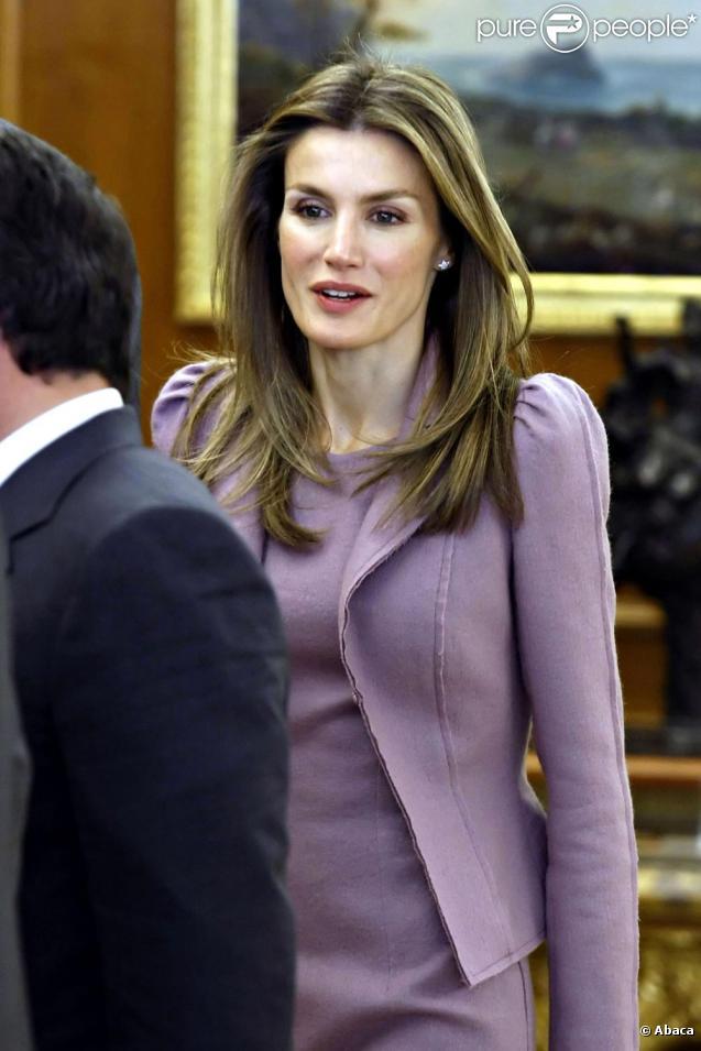 Letizia d'Espagne à Madrid a reçu le roi Abdullah II de Jordanie. Le 27 janvier 2010.