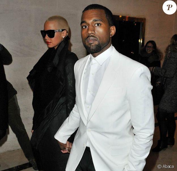 Kanye West a échappé à la prison en servant... la Croix-Rouge