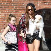 Miley Cyrus, toujours plus sexy... même devant sa petite soeur ! Est-ce bien sérieux ?