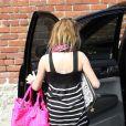 Miley Cyrus, accompagnée de sa petite soeur Noah, 10 ans, se rend dans un studio d'enregistrement, le samedi 30 janvier.