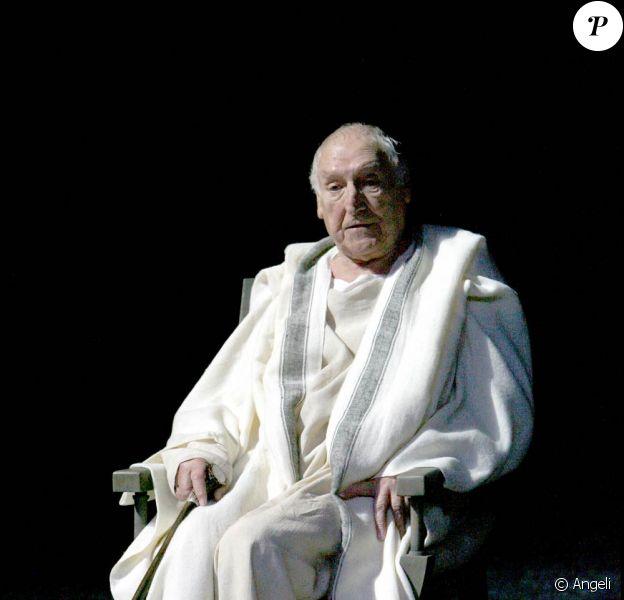 Le grand George Wilson est mort à l'âge de 88 ans, le 3 février 2010.
