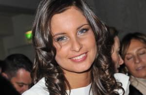 Quand la ravissante Miss France 2010, Malika Ménard, joue au mannequin... elle est divine !