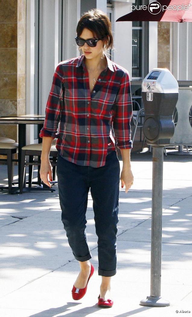 Jessica Alba, Honor et Cash Warren à Los Angeles. Le 14 février 2010