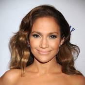 """Jennifer Lopez est """"hot"""" d'après... un accro du sexe qu'elle doit soigner !"""