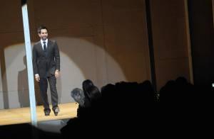 Marc Jacobs : il a enfin mis... un pantalon ! L'heure du changement a sonné !
