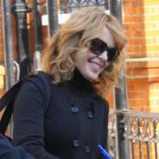 Kylie Minogue : elle s'accroche au futur... Mais elle ne devrait pas !