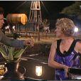 Mickaël se dispute avec Claudette : elle refuse qu'il touche au dîner qu'ELLE a préparé !