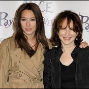Laura Smet, radieuse auprès de sa mère Nathalie Baye, est au pays des merveilles !