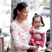 Katherine Heigl : Elle ne quitte plus sa douce petite poupée !