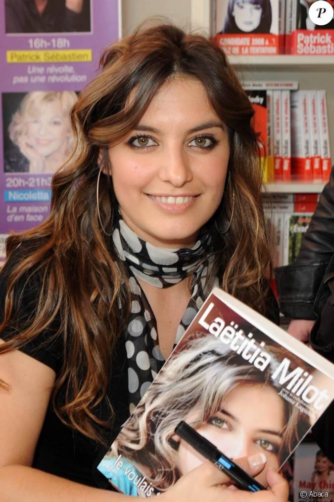 La salon du livre 2010 se tient paris jusqu 39 au 31 mars for Salon du divorce