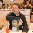 La Salon du Livre 2010 se tient à Paris jusqu'au 31 mars, et accueille de nombreux people-auteurs, dont Douglas Kennedy