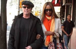 David Bowie et sa femme Iman : un look très discret... mais où est passé le grain de folie de la star excentrique ?