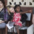 Madonna avec Mercy et Lourdes au Malawi, le 5 avril 2010