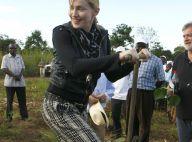Madonna est arrivée au Malawi avec ses enfants, fin prête pour... la maçonnerie ! Toutes les photos ! (réactualisé)