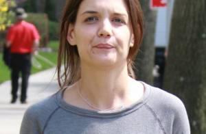 Katie Holmes : De retour au boulot, elle a opté pour un look poubelle !
