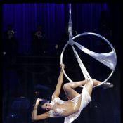 Regardez Sofia Essaïdi, recouverte de diamants, faire son show divin lors d'une magnifique soirée pleine de stars !