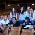 """""""Il était une fois Joe Dassin"""" : la troupe du spectacle musical de la rentrée 2010 dans le making of du premier clip !"""