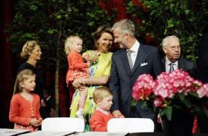 La famille Royale de Belgique prend un bain de fleurs... pour les cinquante ans du Prince !
