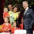 La Famille Royale de Belgique célébrait les 50 ans du Prince héritier en inaugurant les Floralies Gantoises le 15 avril 2010