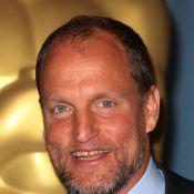 Woody Harrelson : après avoir agressé un paparazzo, la star de 2012... met la main au portefeuille !
