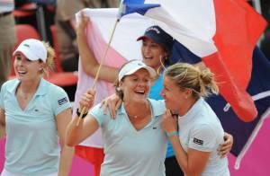 Julie Coin, Alizé Cornet, Pauline Parmentier et Aravane Rezaï : quatre filles radieuses après la victoire !