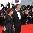 Jack Lang et son épouse Monique sur le tapis rouge pour l'ouverture du festival de Cannes le 12 mai 2010