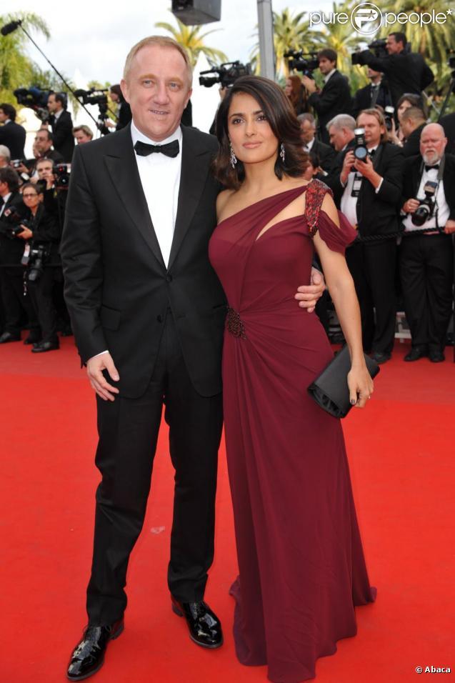 François-Henri Pinault et Salma Hayek sur le tapis rouge pour  l'ouverture du festival de Cannes le 12 mai 2010