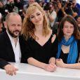 L'équipe du film lors du photocall de L'Autre Monde. A Cannes, le 16 mai 2010.