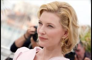 Cate Blanchett : Magnifique pour la montée des marches, découvrez-la captivante sur papier glacé !