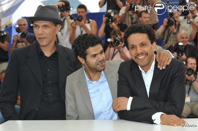Roschdy Zem, Jamel Debbouze et Sami Bouajila lors du photocall du film Hors-la-loi le 21 mai 2010 durant  le festival de Cannes