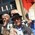 Les manifestants à Cannes le 21 mai 2010