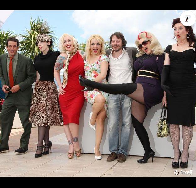 Mathieu Amalric et ses comédiennes durant le 63e festival de Cannes